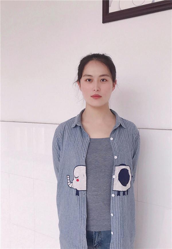 王丽洁照片.jpg